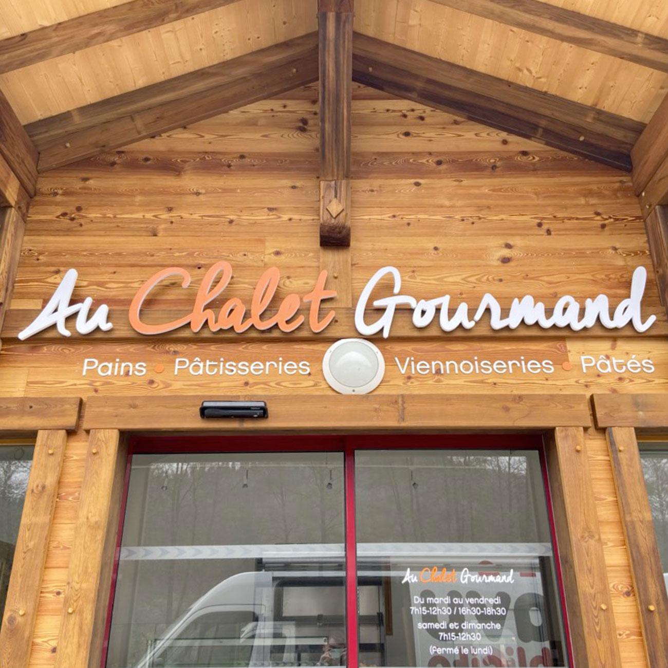 Enseigne lettres PVC - Le Chalet Gourmand
